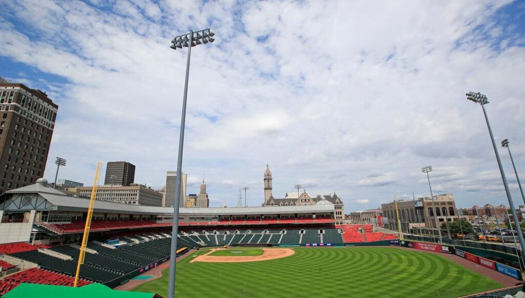 Blue Jays to play home games in Buffalo